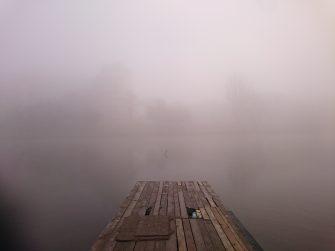 Warszawska Praga we mgle