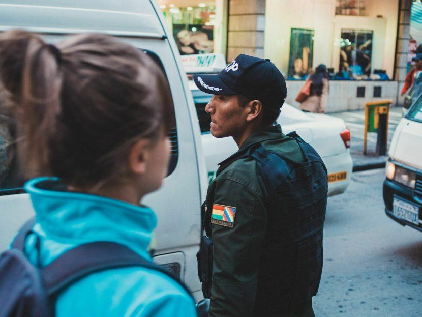 Wojskowy na ulicy La Paz