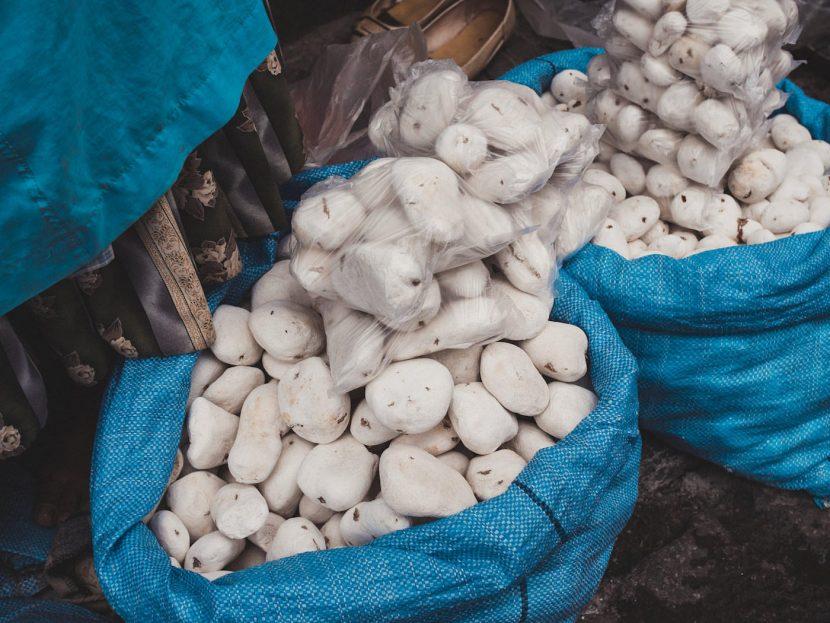 Białe ziemniaki