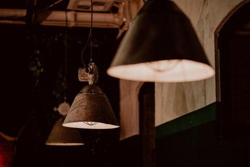 Lampy w stylu industrialnym