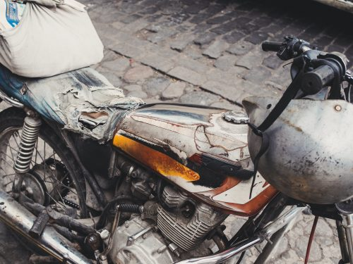 Zniszczony motocykl
