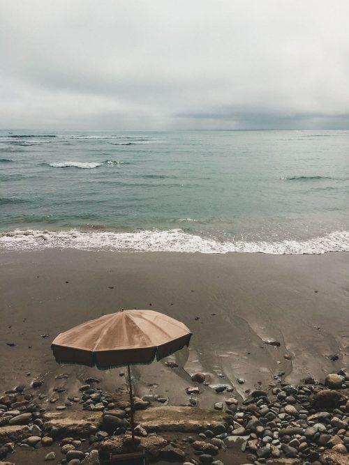 Parasol nad morzem w Limie