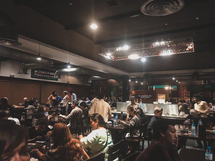 Wnętrze restauracji w Limie