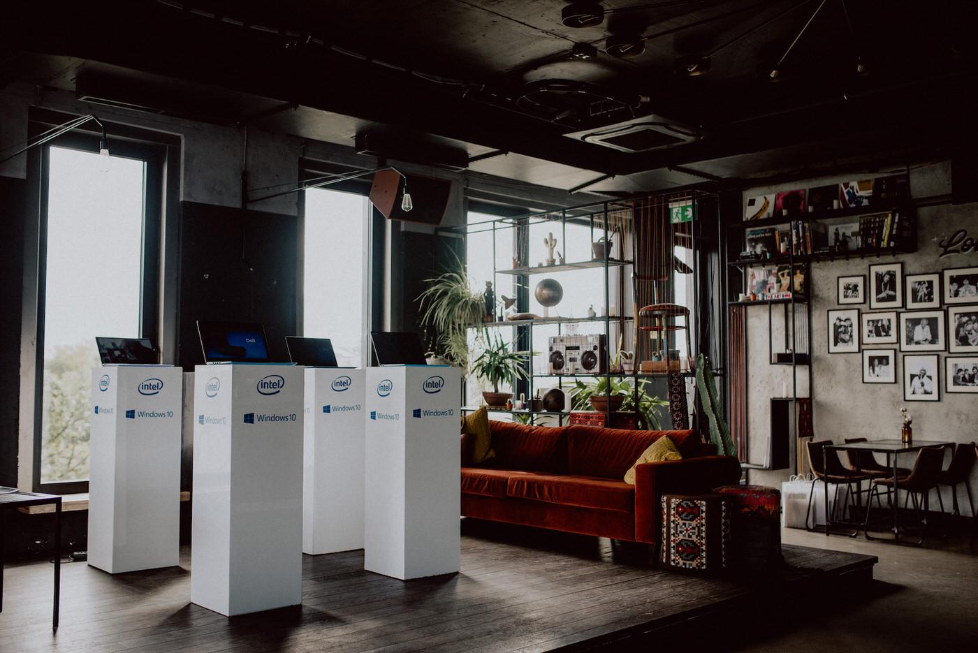 Spotkanie prasowe Intel w klubie SEN