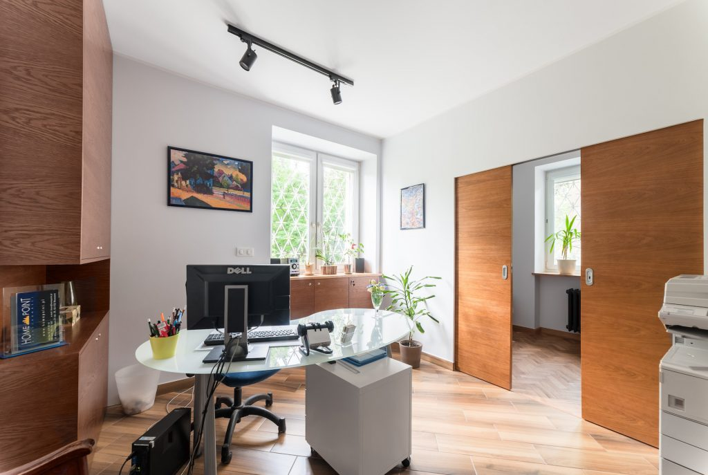 Wnętrze biura nieruchomości