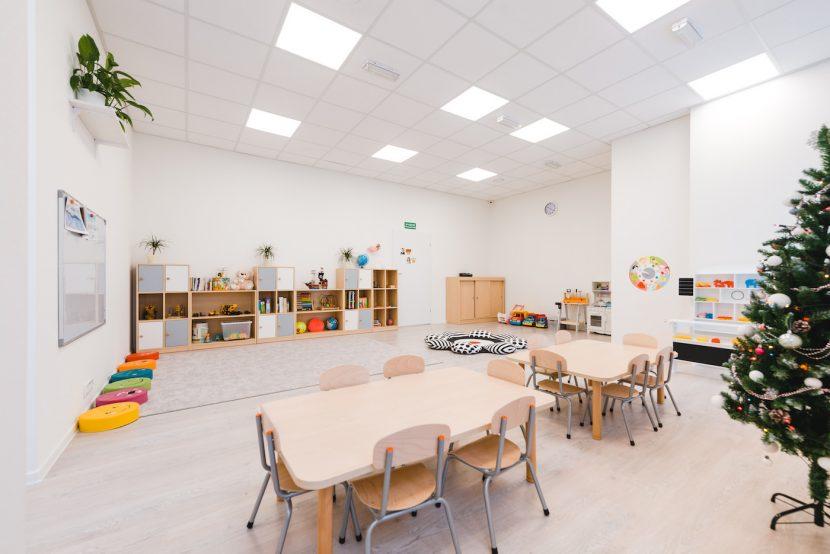 Duża sala w przedszkolu
