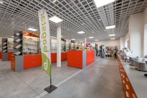 Fotografia wnętrz showroom hurtowni gastronomicznej