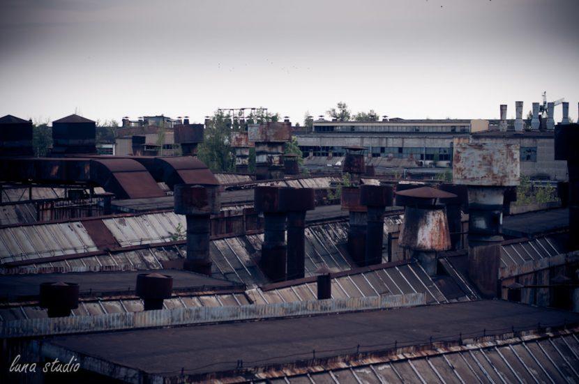 dachy fabryki