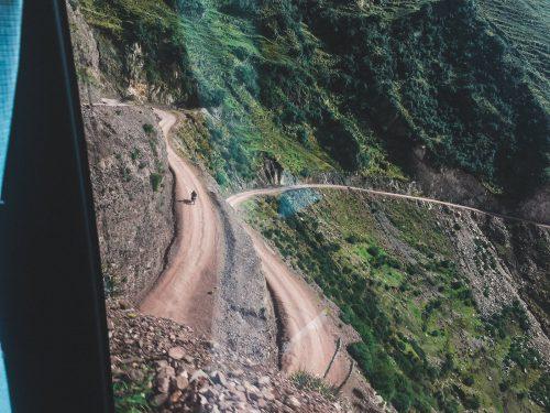 Kręte drogi w górach