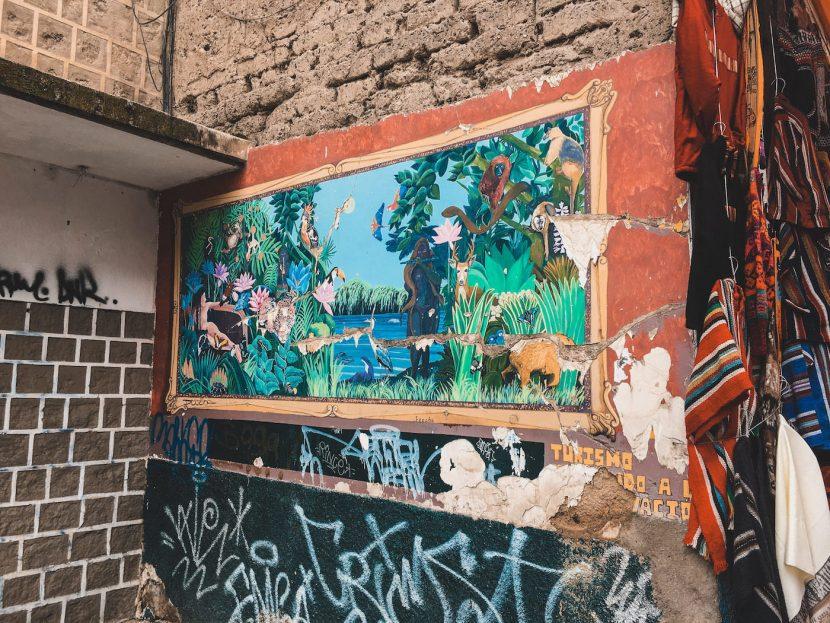 Mural na ścianie