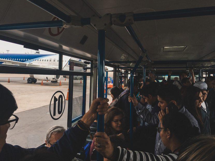 Autobus na lotnisku
