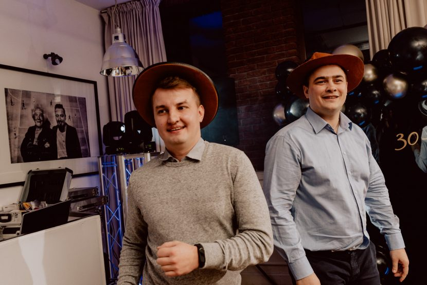 Men in cowboy hats