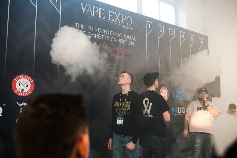 zawody vape expo na największą chmurę