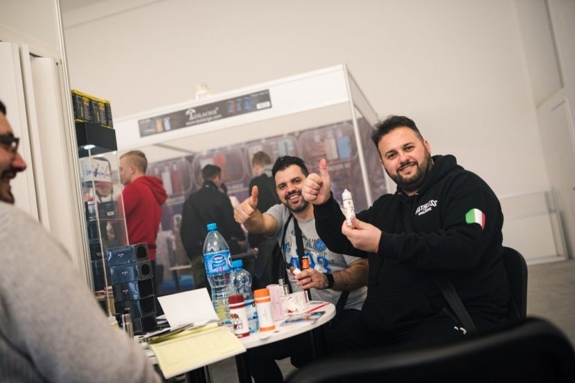 The guys show a thumbs up at the vape expo