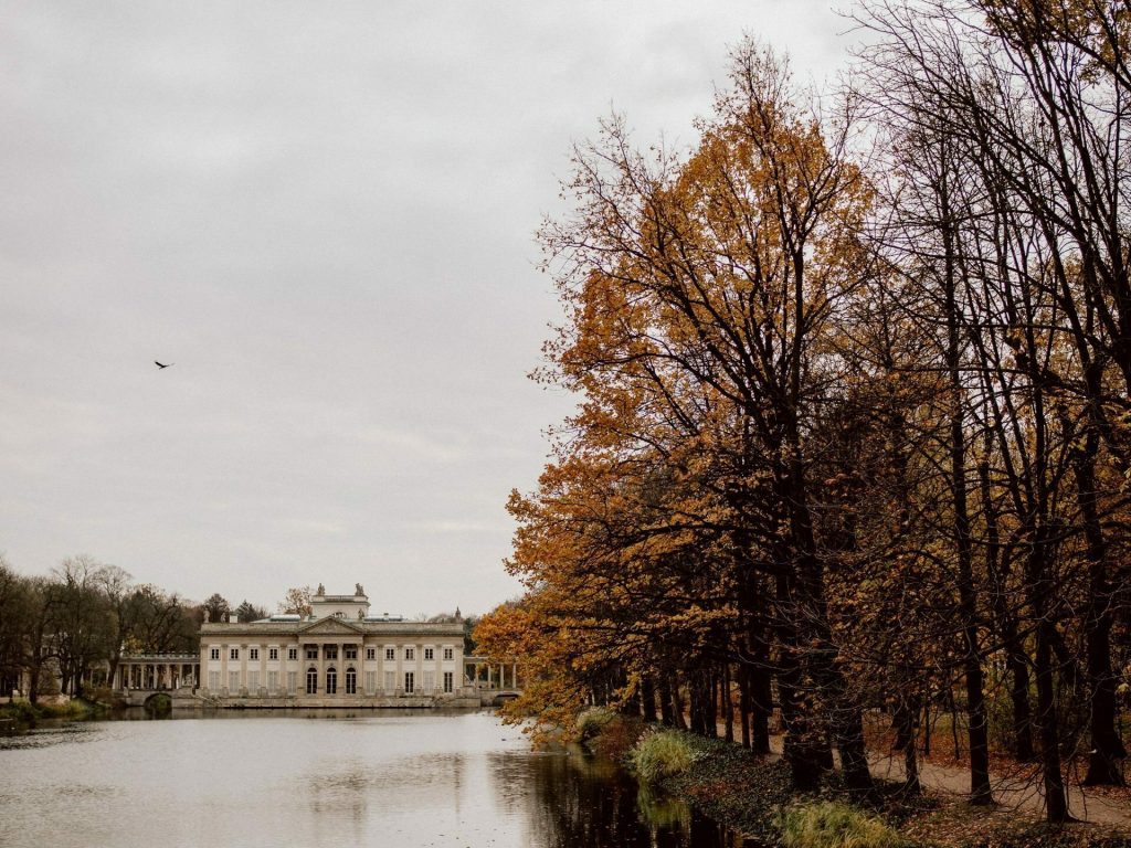 Jedno z najlepiej ocenianych miejsc w Mapach Google nagrodzone złota pinezką - Łazienki Królewskie