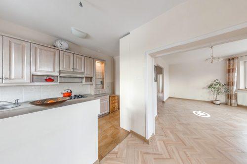 Wirtualny spacer mieszkania na sprzedaż