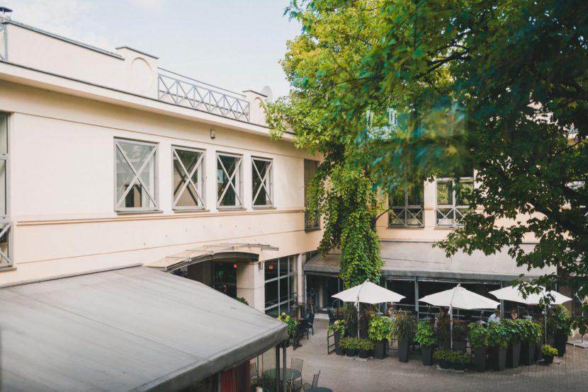 Ogródek restauracji LIF w Warszawie