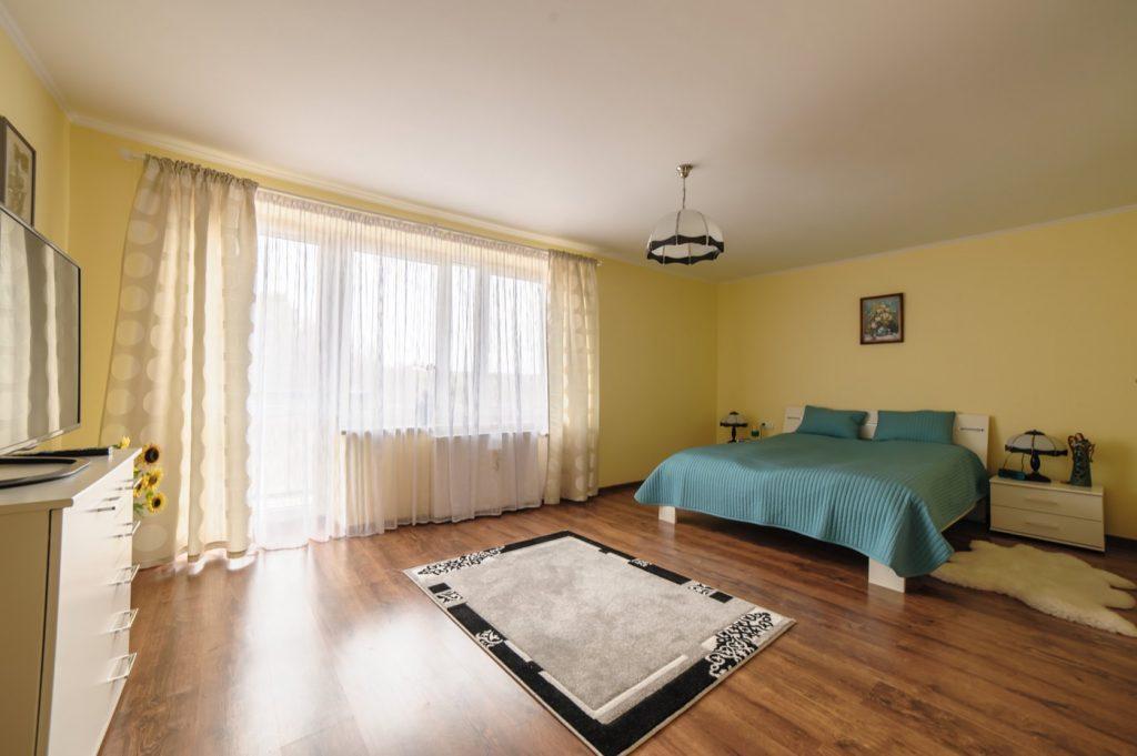 Zdjęcia domu na sprzedaż - sypialna