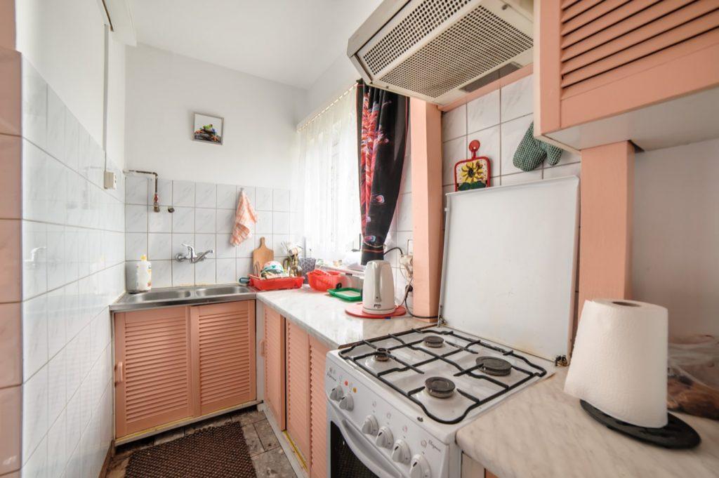 Zdjęcia domu na sprzedaż - aneks kuchenny